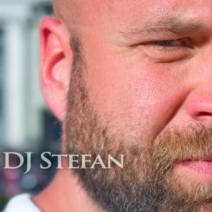 DJ Stefan presenting
